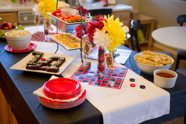 Simply Pinspirational: Game Night Food Table!  |Game Night Food