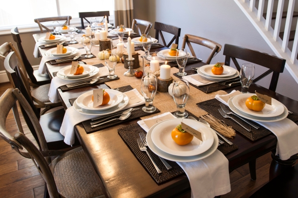 Lightened up fall table   Edit by Design